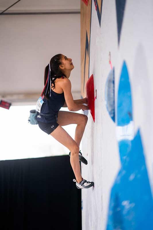 Die Chancen auf den Weltcup-Gesamttitel im Bouldern stehen hoch für Natalia Grossmann. (Bild Daniel Gajda/IFSC)